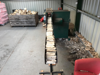 Quality kiln dried logs chopped fro kindling at ALL FIRED UP